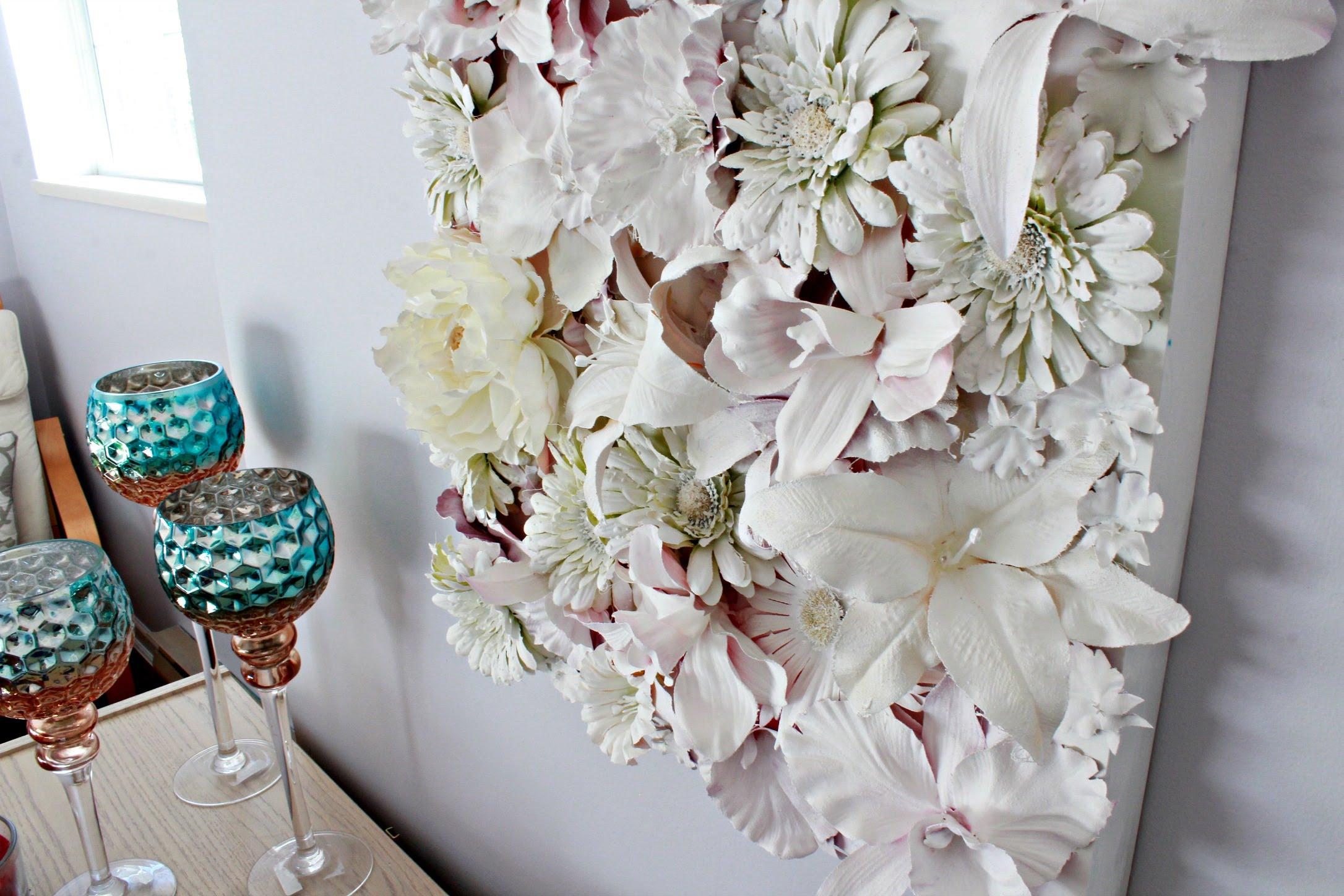 Декоративное панно из цветов