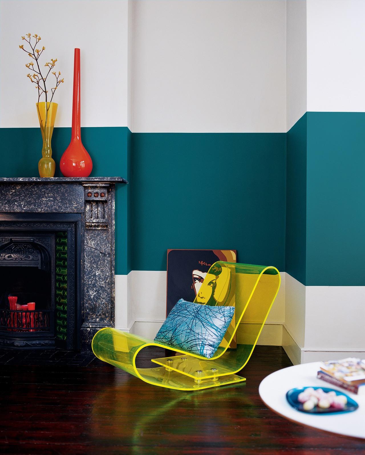 Необычная покраска стен в гостиной