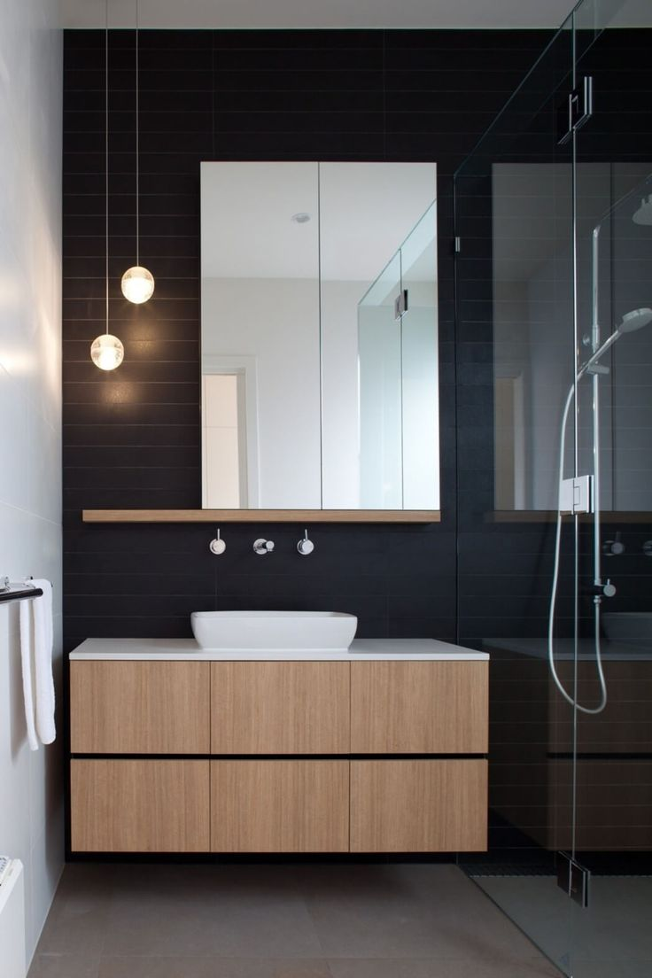 Шкафчик для ванной ламинированный