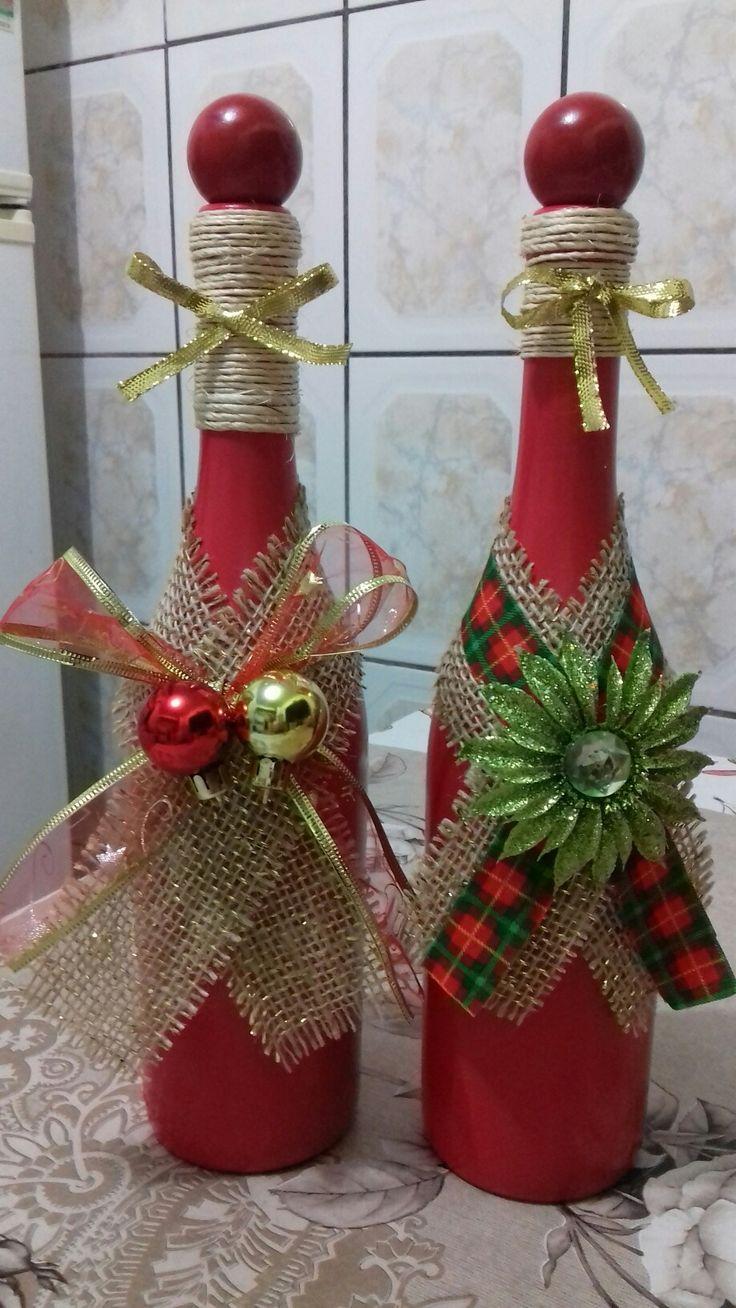 Новогодний декор бутылки шампанского мешковиной