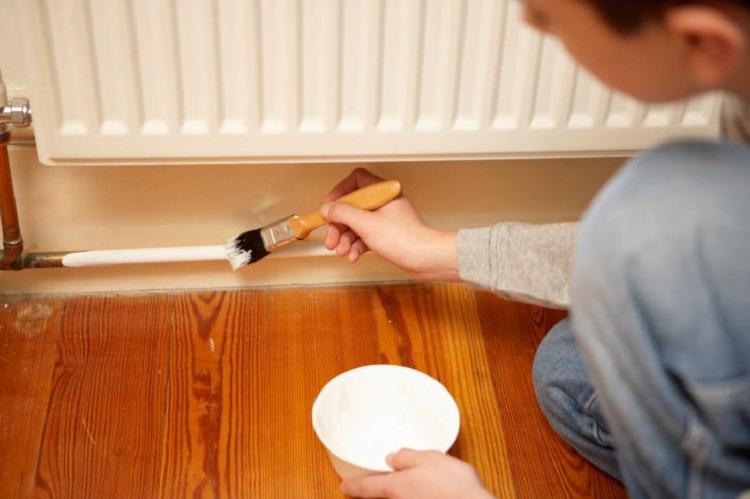 Как покрасить трубы в квартире самостоятельно?