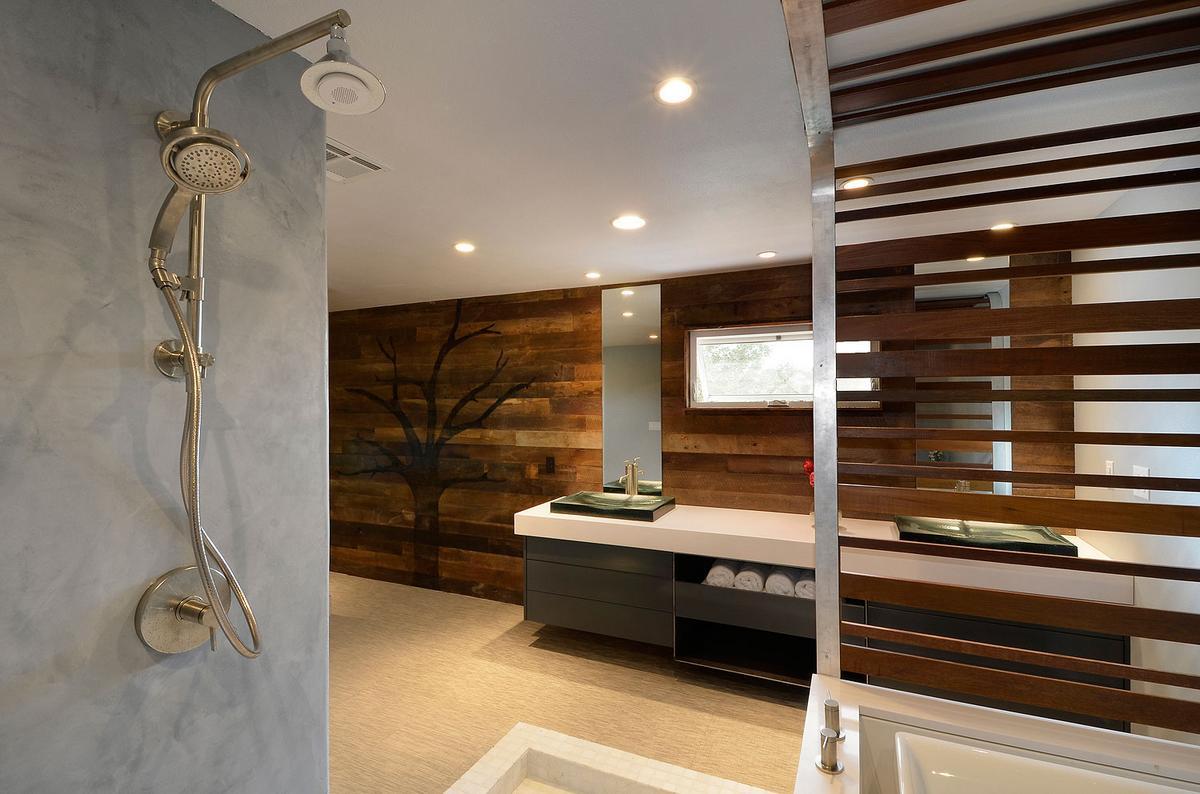 Отделка ванной комнаты коричневой плиткой