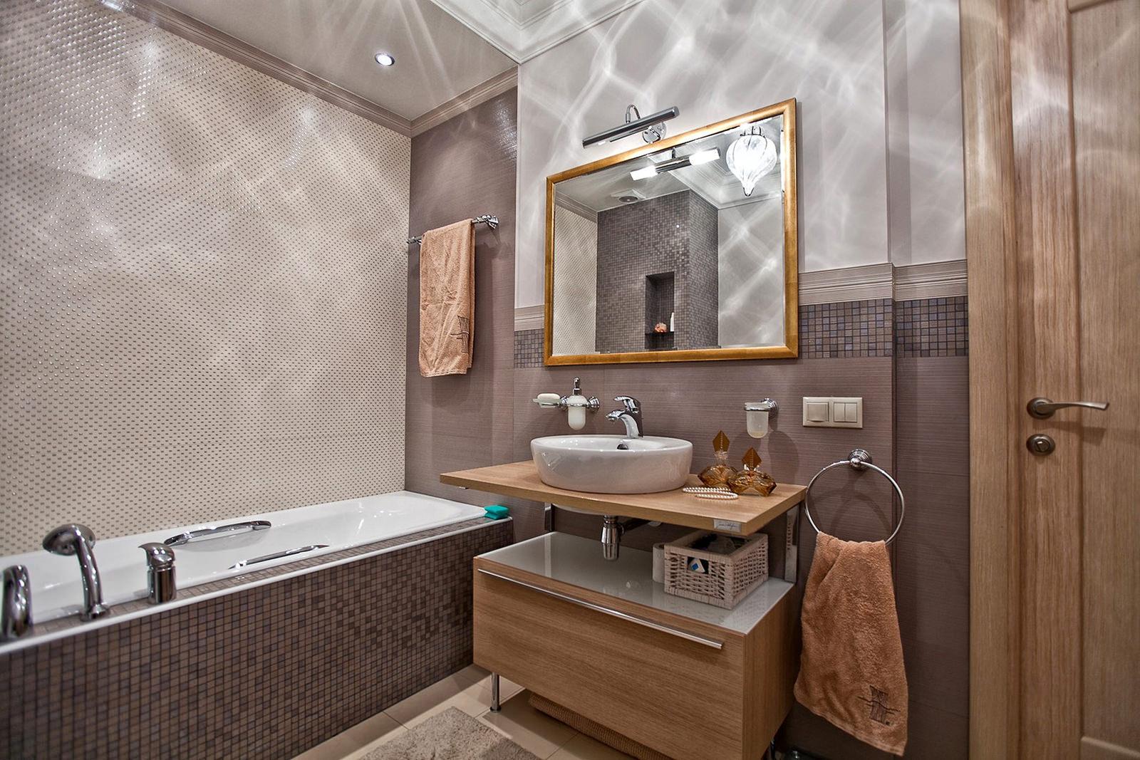 Коричневые акценты в интерьере ванной