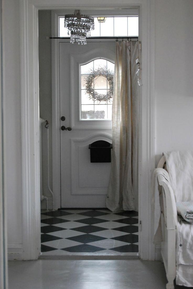 Дверной проем в стиле шебби шик
