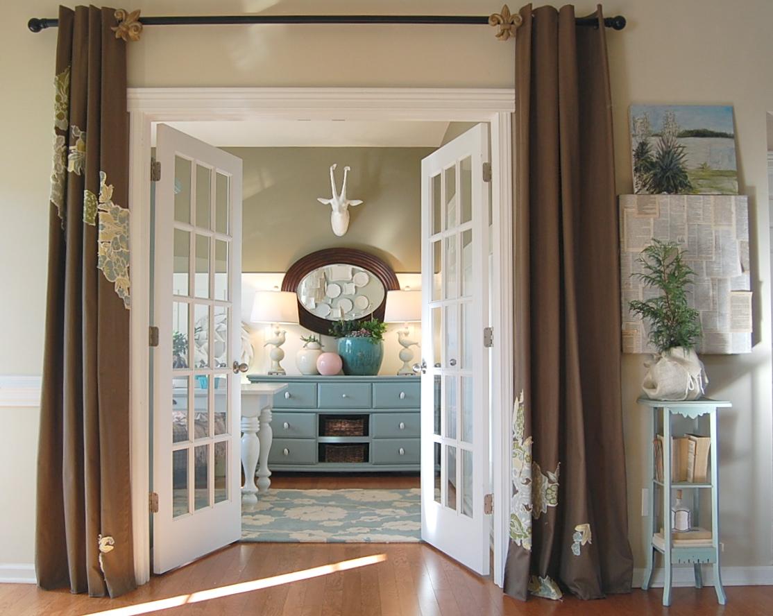 Декор дверного проема без двери