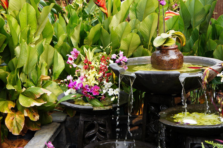 Декоративные фонтаны для дачи – загородная эстетика(29 фото)