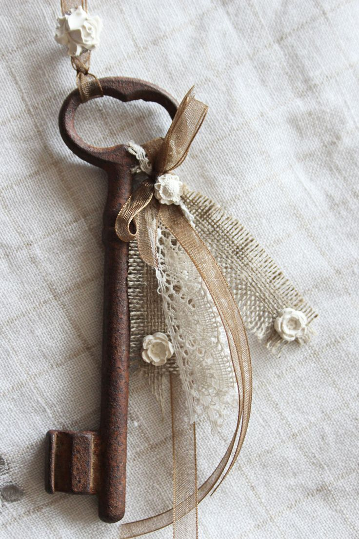 Оберег для дома ключ