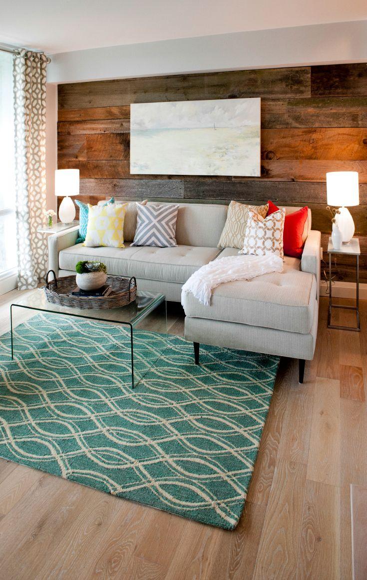 Бирюзовый коврик в интерьере гостиной