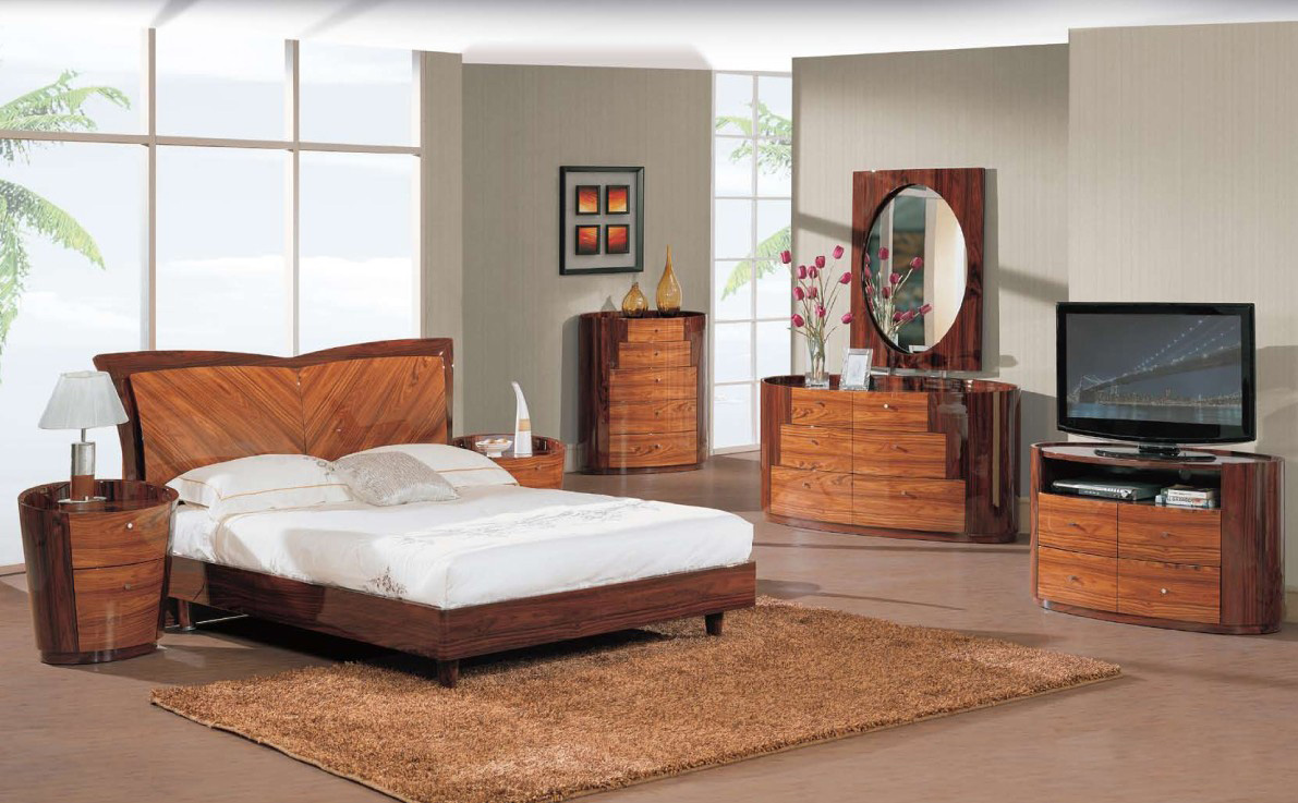 Лакированная мебель