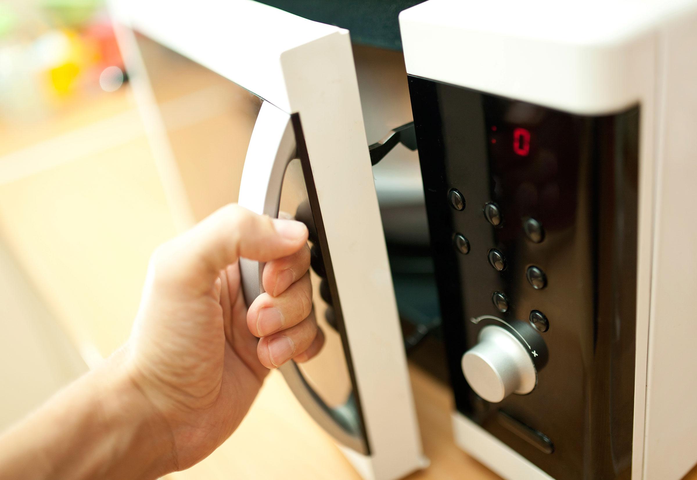 Выбираем микроволновую печь для дома: на что обратить внимание