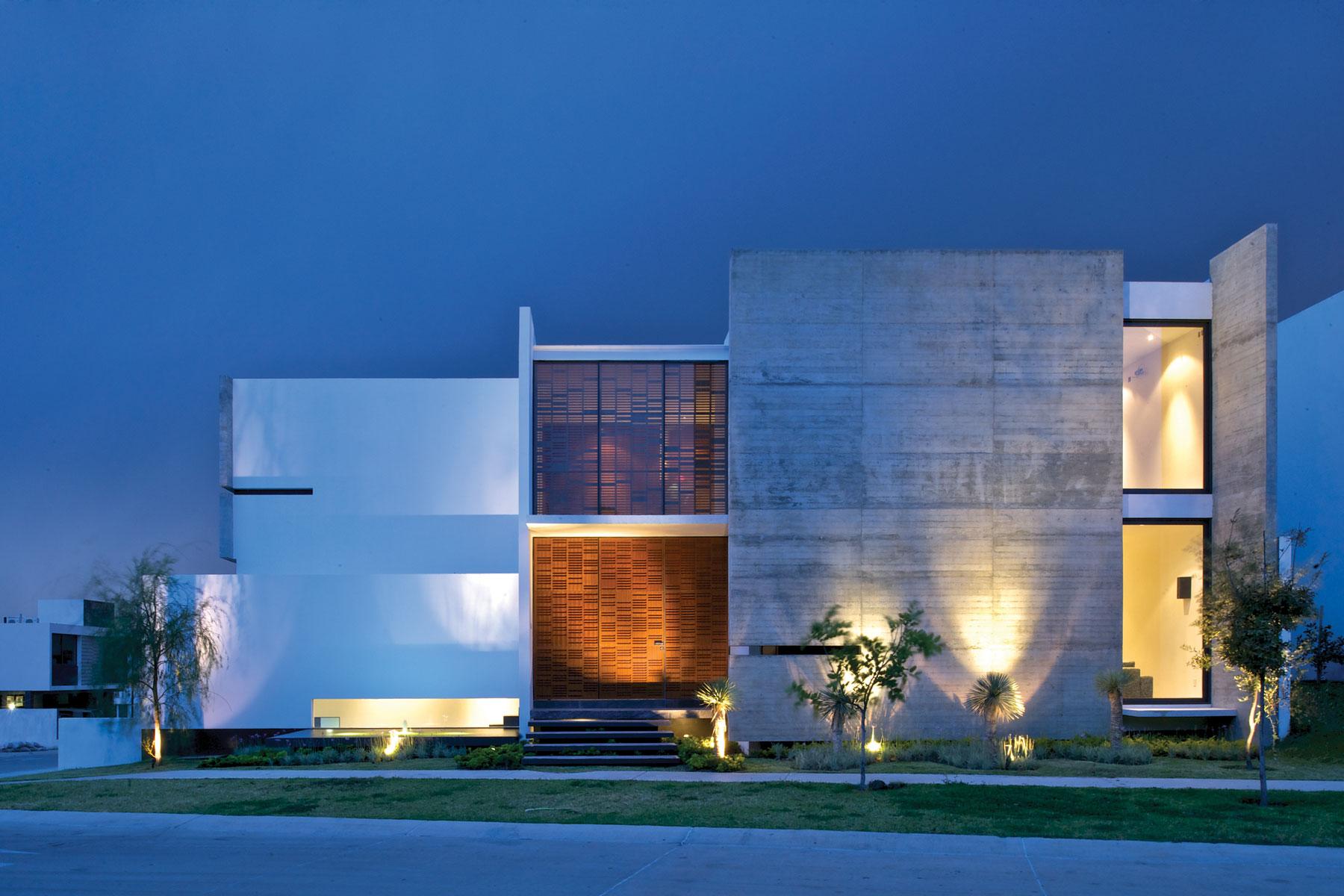 Декоративная подсветка фасада: плюсы и минусы (24 фото)