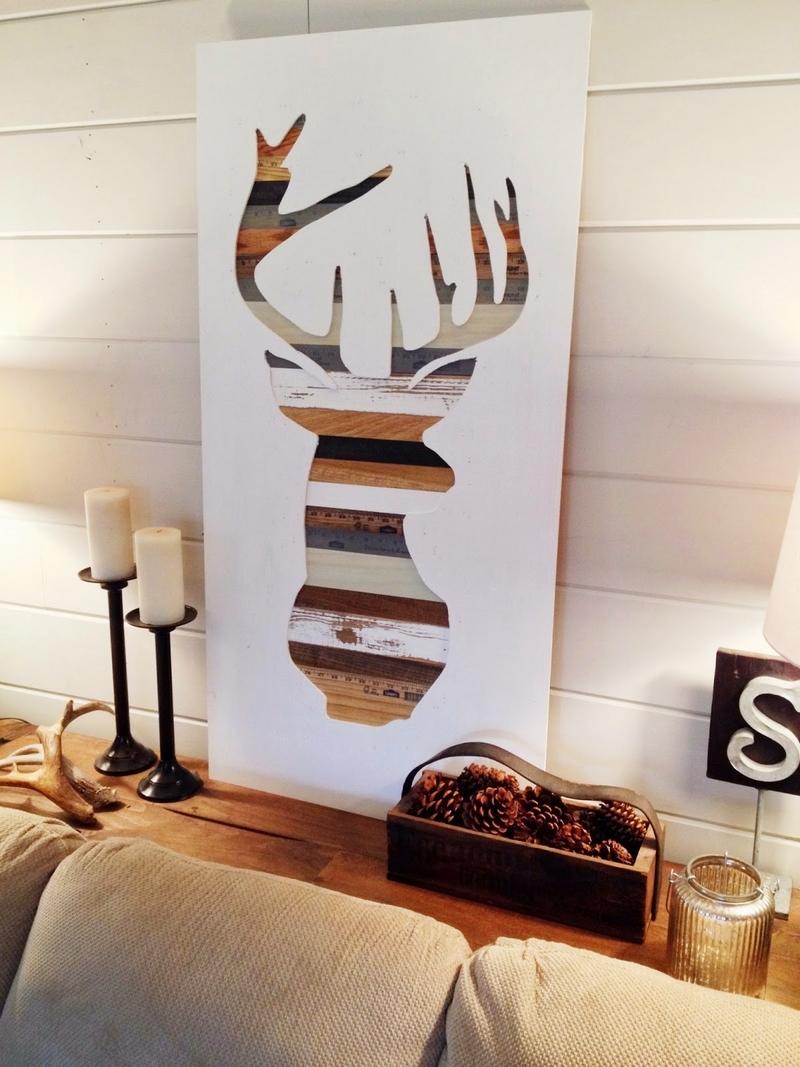 Декоративное панно с оленем