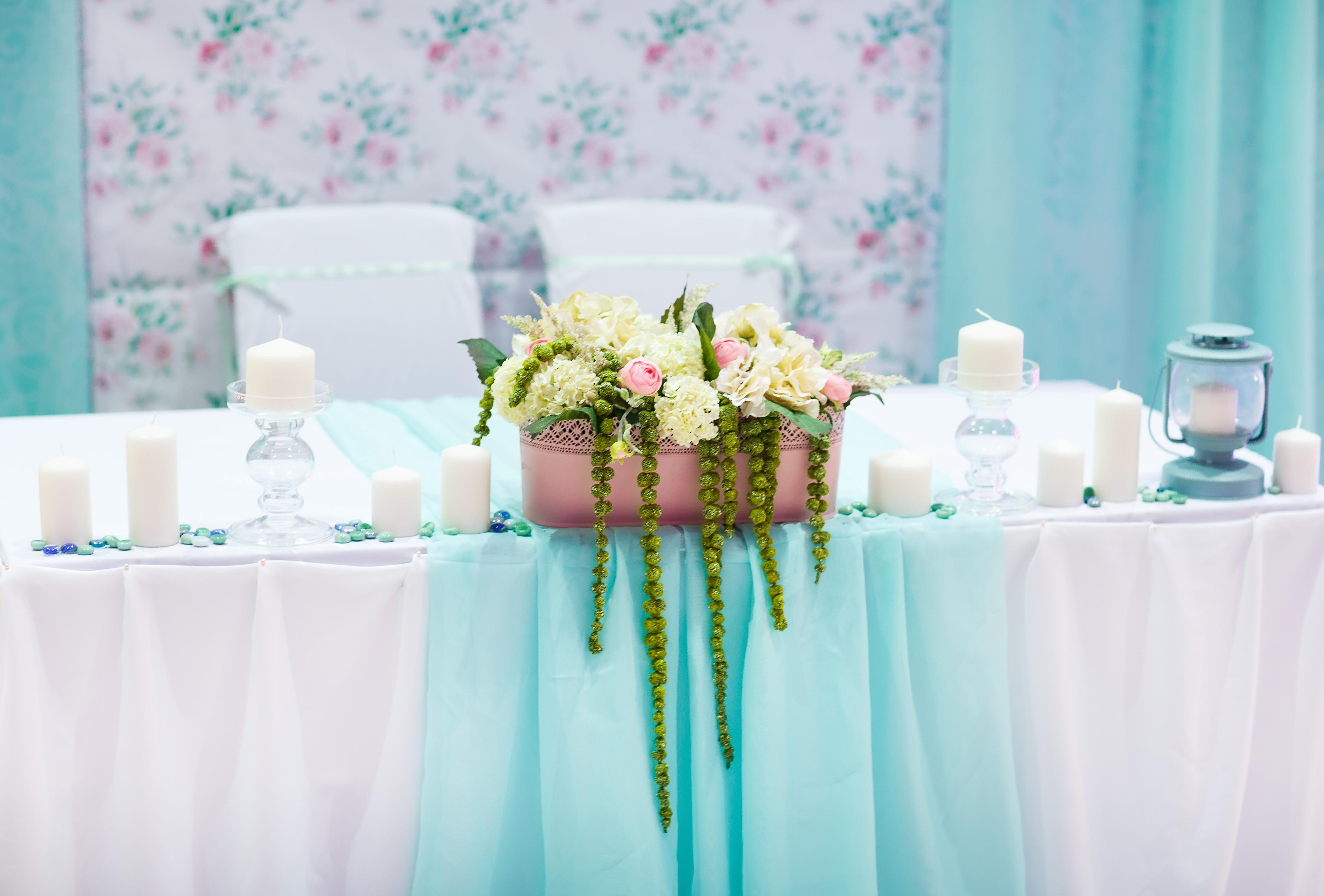 Декор стола для новобрачных