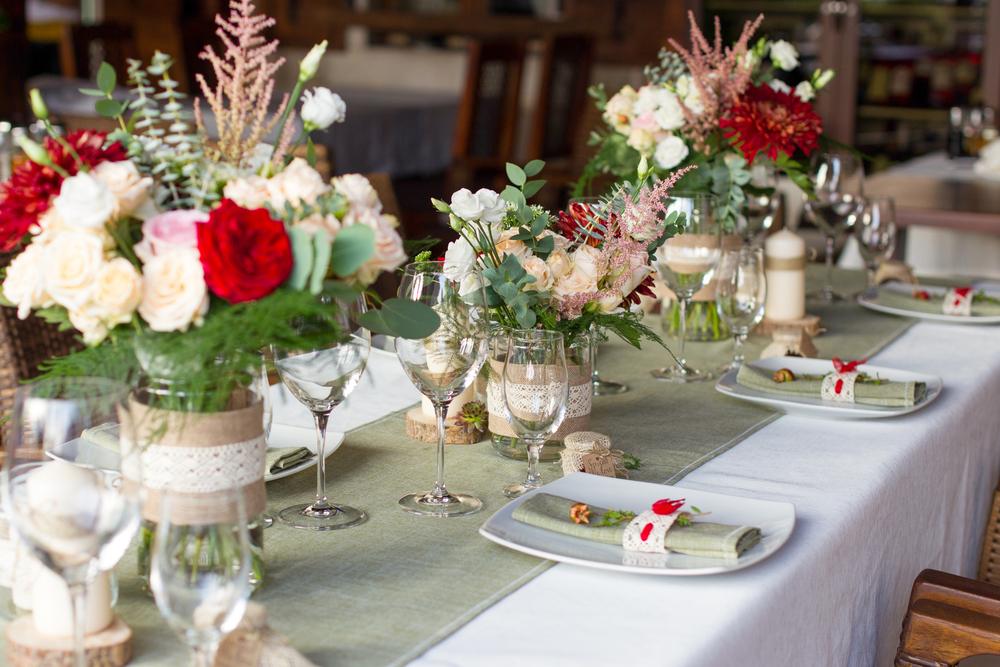 Декор свадебного стола