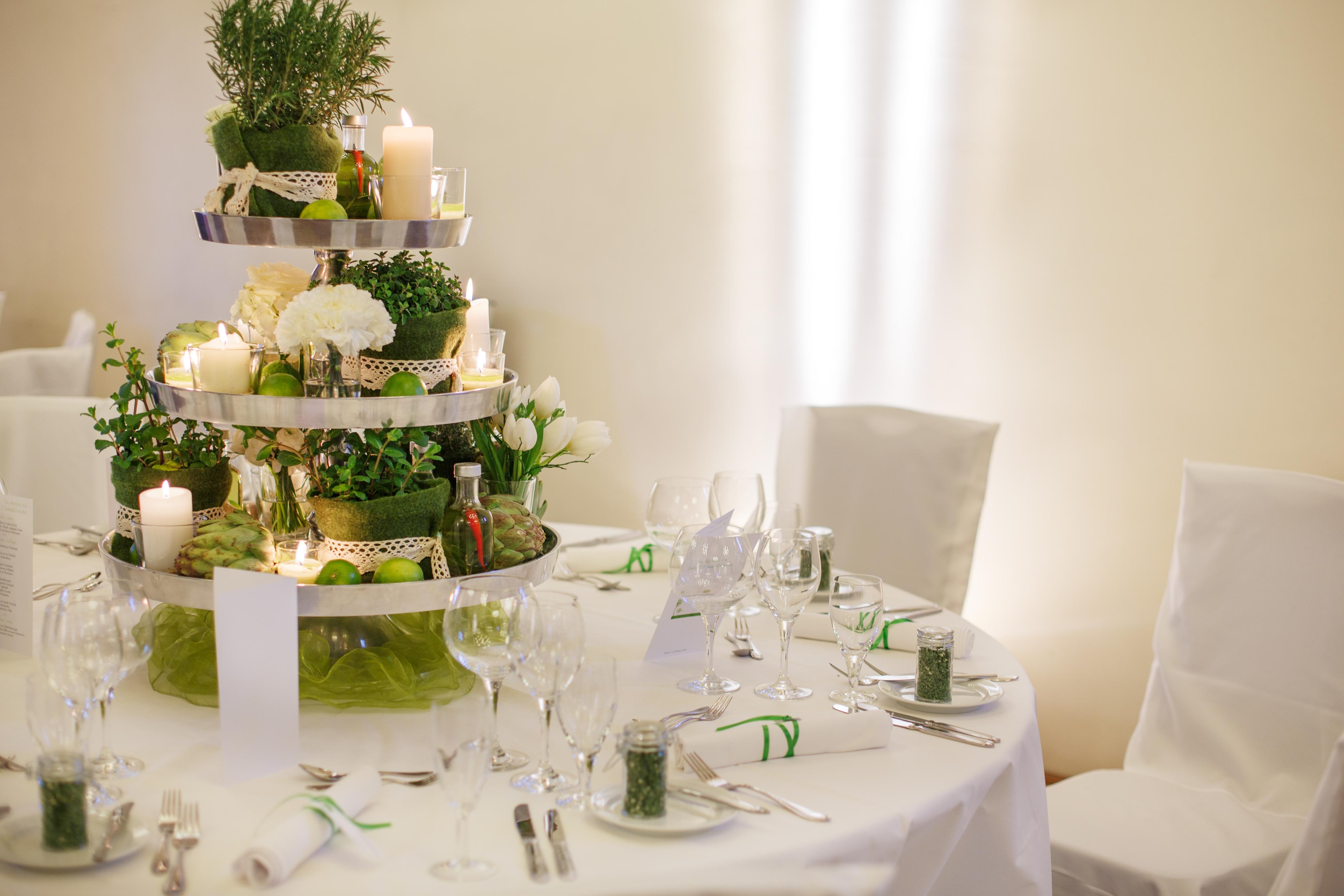 Свадебный стол для гостей своими руками