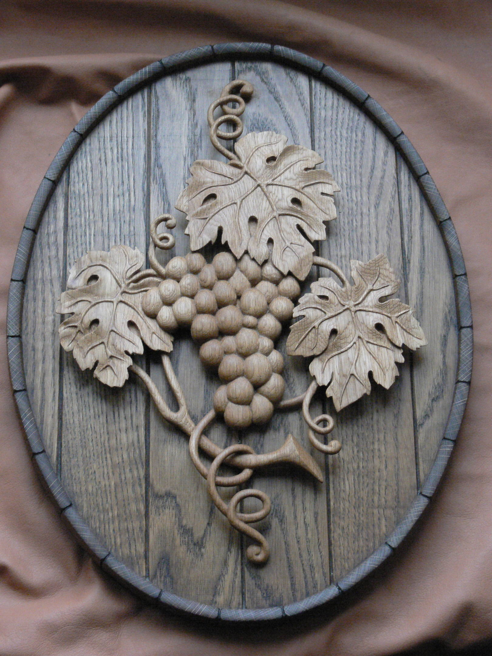 Деревянное панно