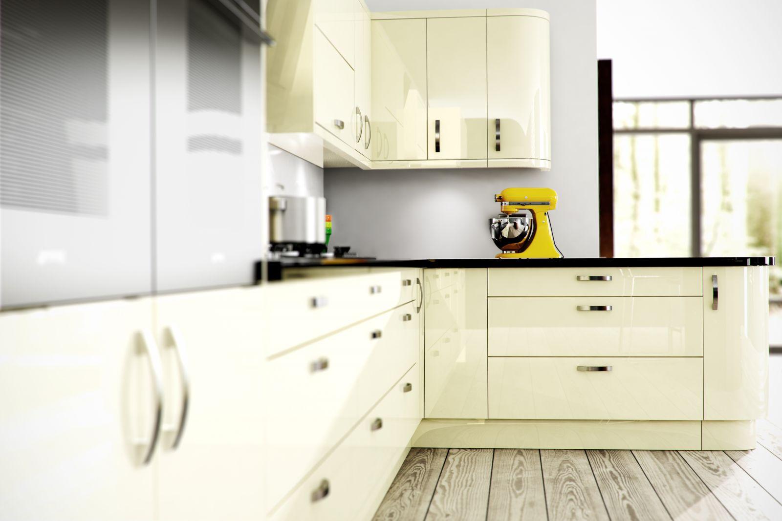 Кухня цвета ванили закругленная