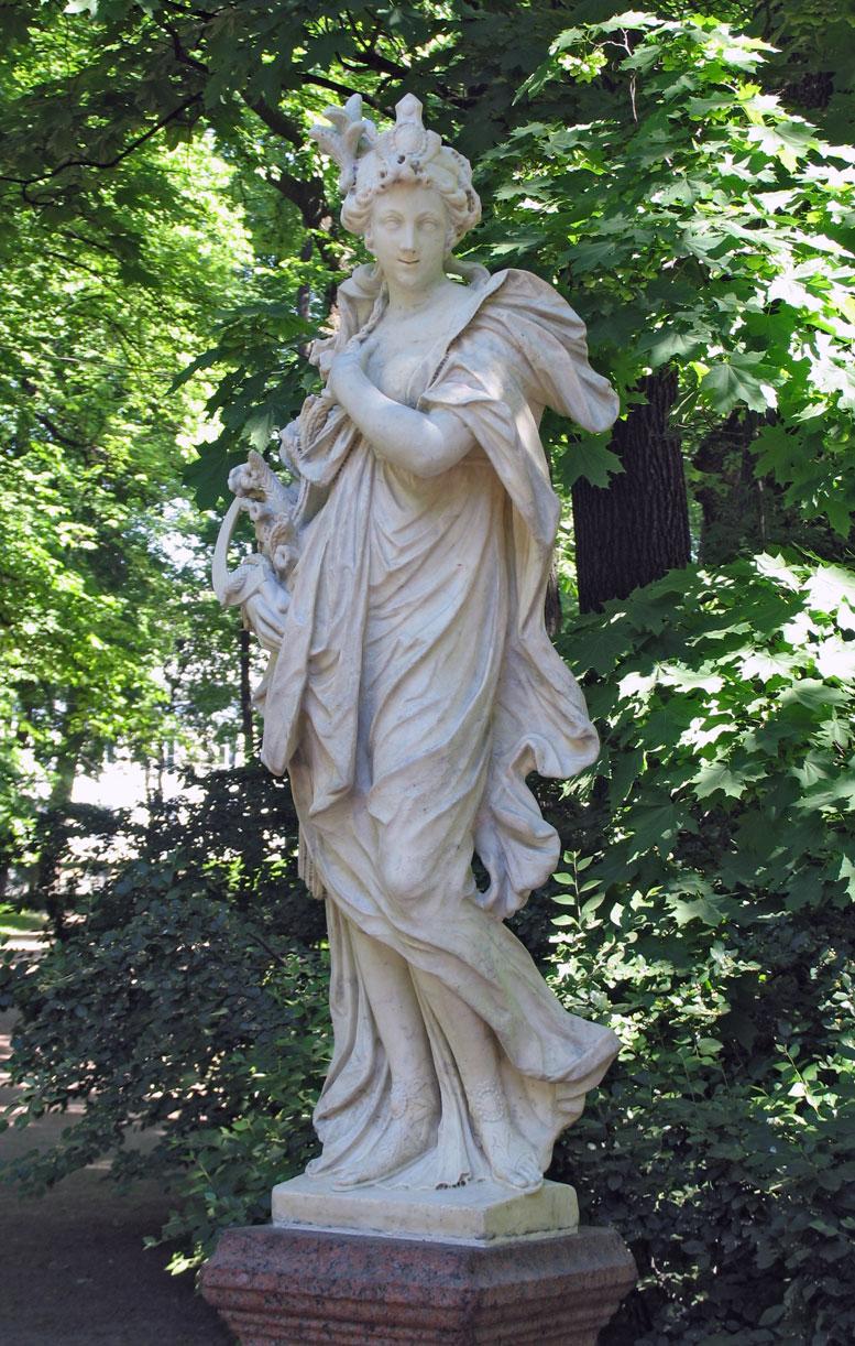 Античная садовая скульптура