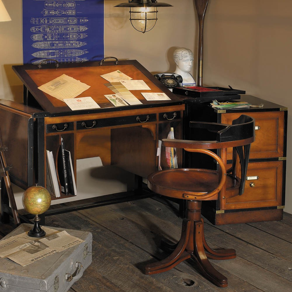 Стол-бюро для архитектора