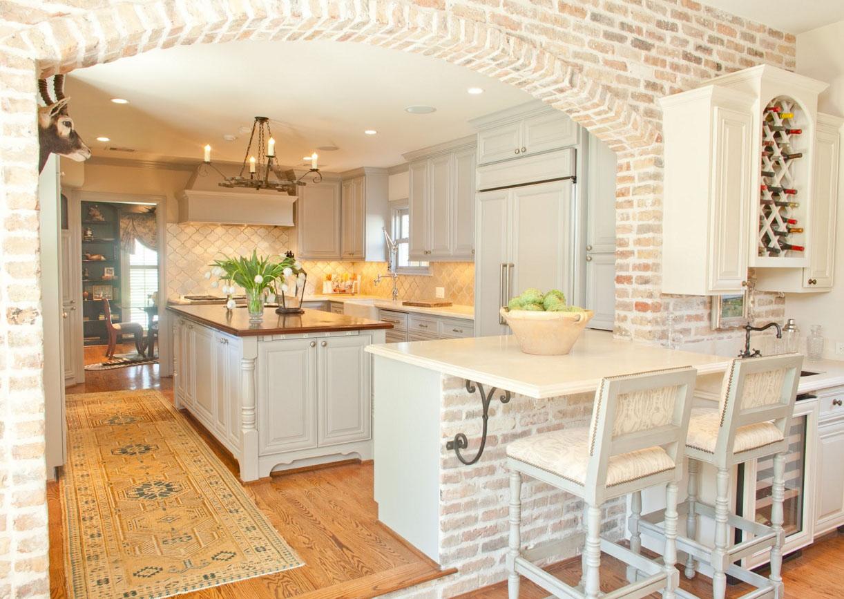 Кирпичная арка на кухне