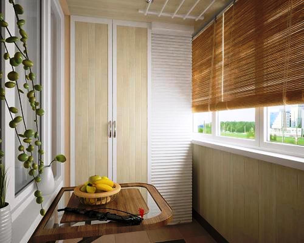 Бамбуковые шторы на балконе