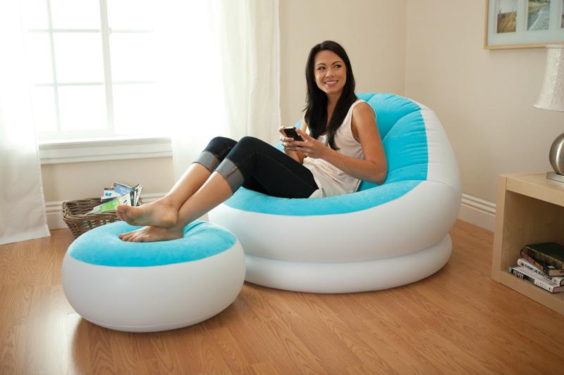Надувное кресло с бархатистым покрытием