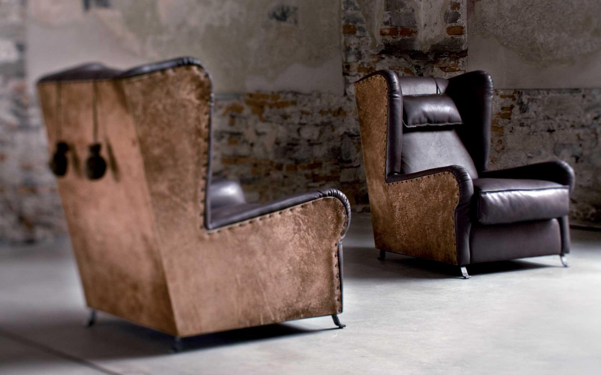 Кресло-бержер из кожи
