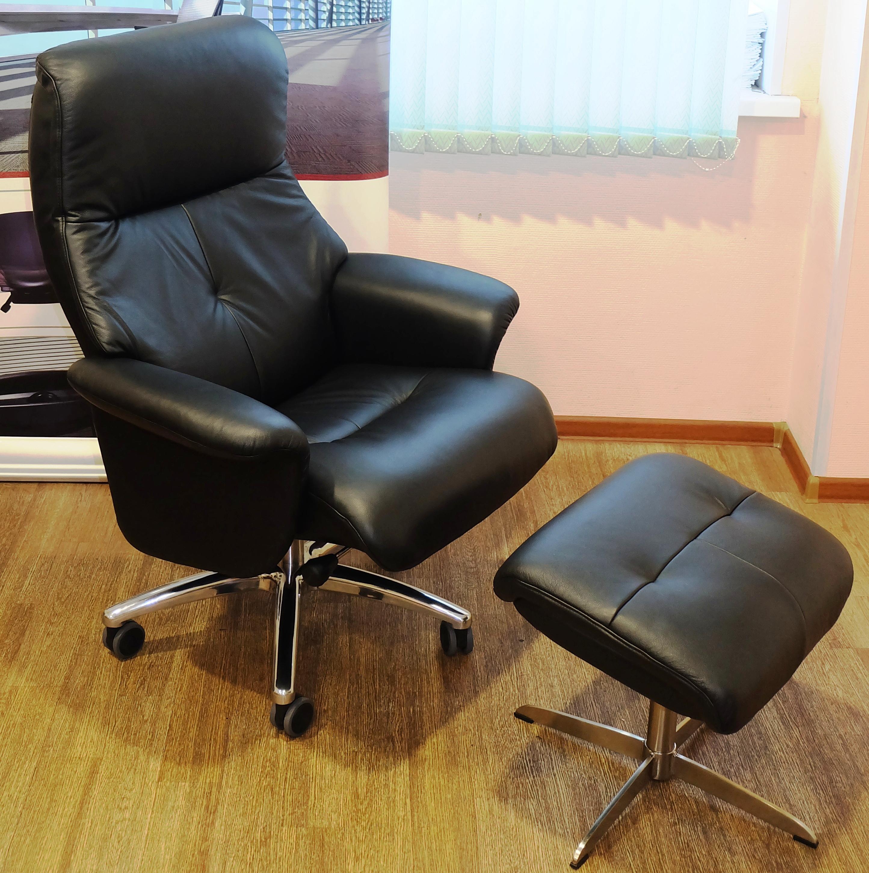 Черное кресло реклайнер