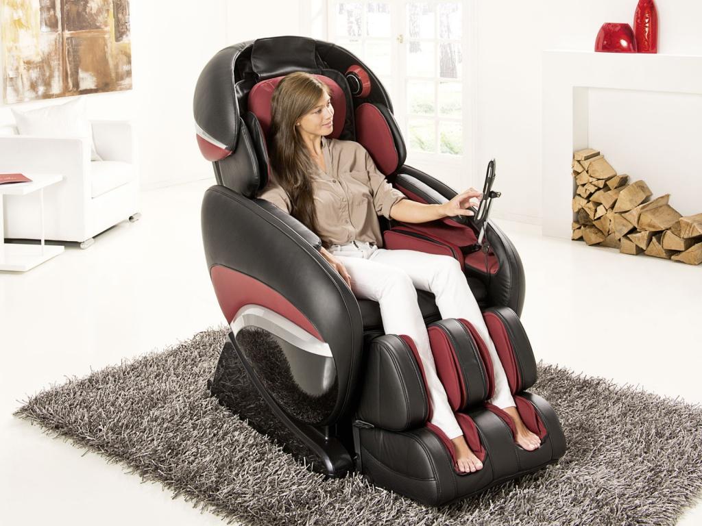 Массажное кресло с дисплеем