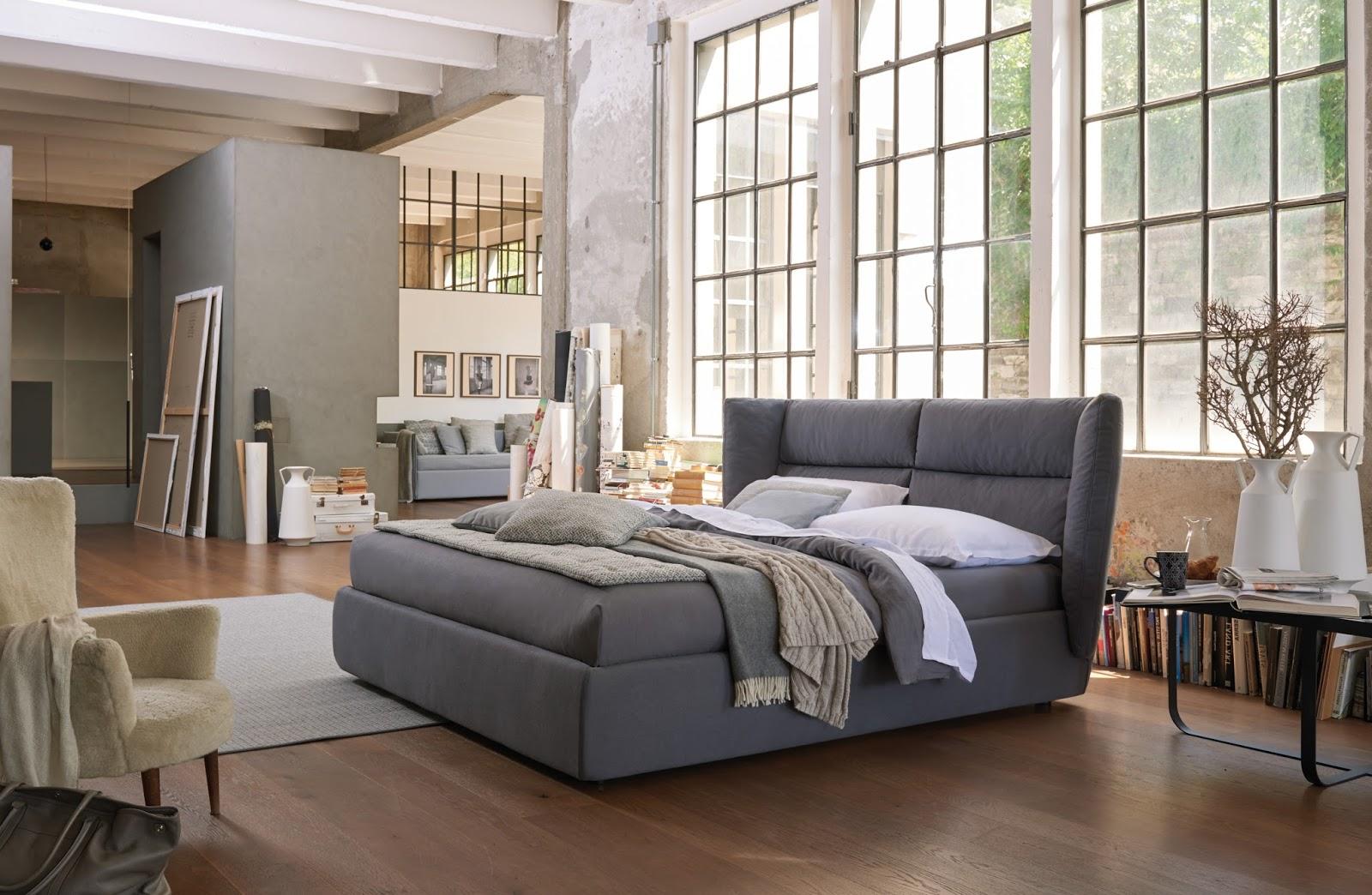 Кровать изголовьем к окну дизайн