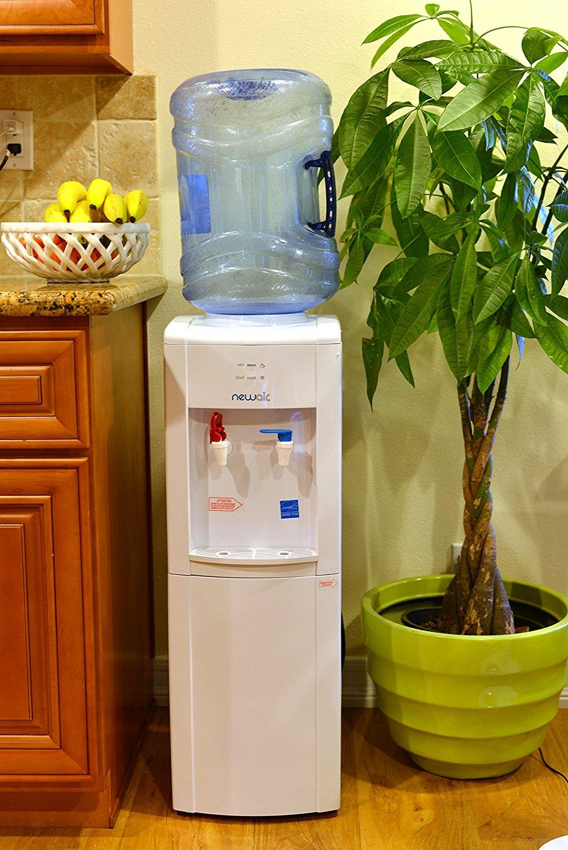 Кулер для воды дома