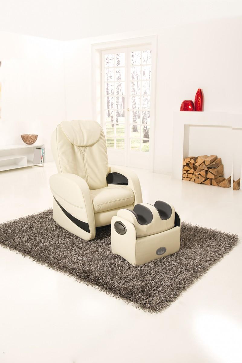 Массажное кресло в доме