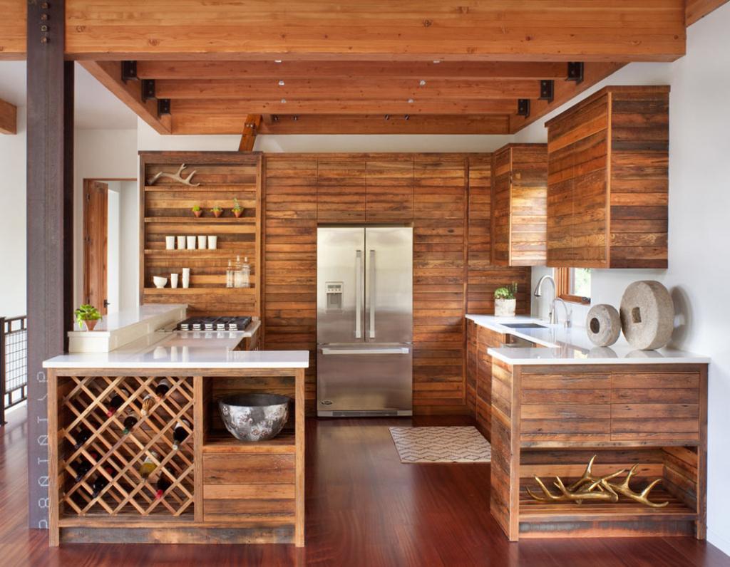 Кухня из досок