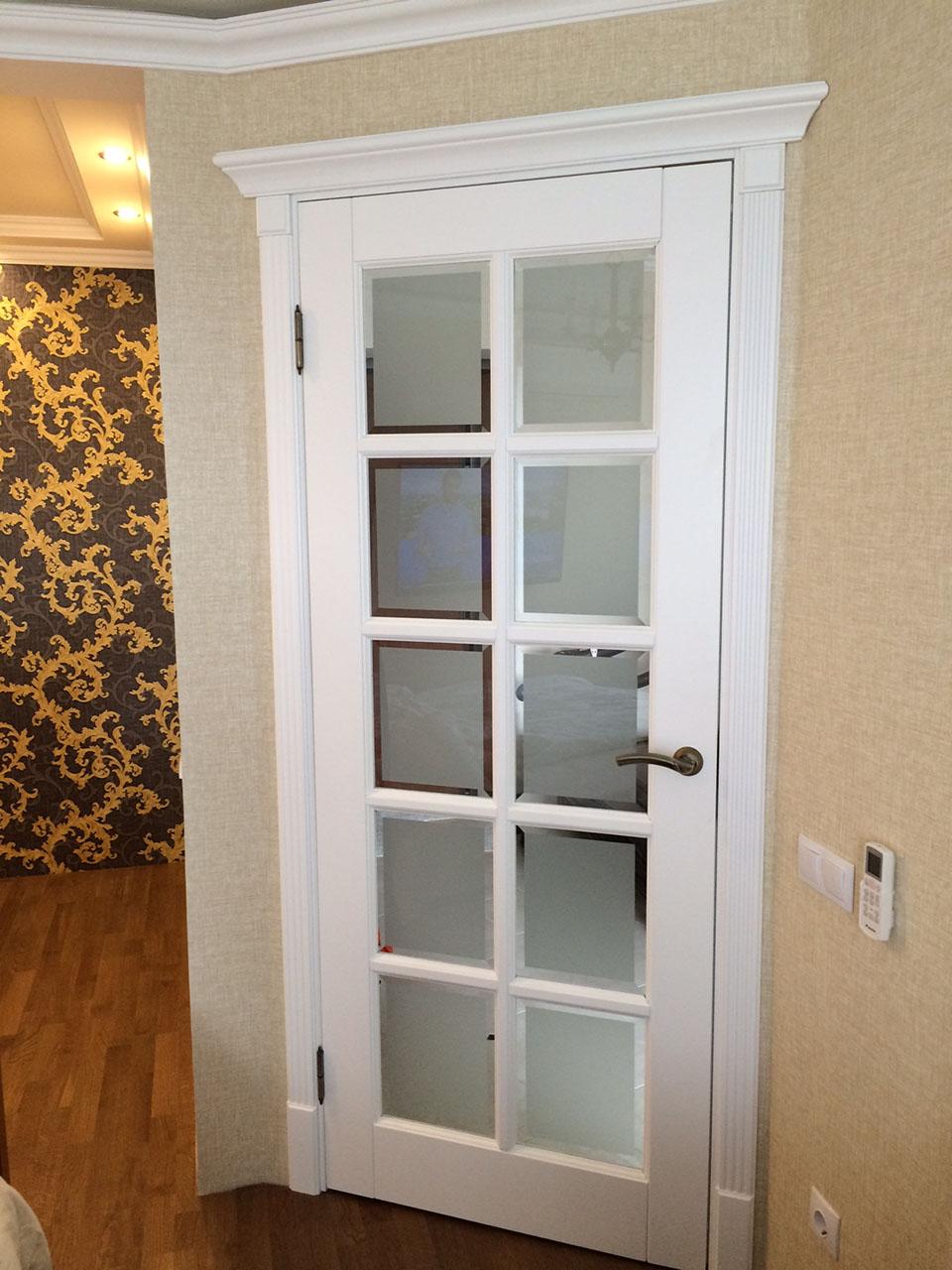 Фацетное стекло на двери