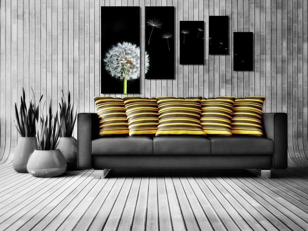Модульная картина в интерьере гостиной