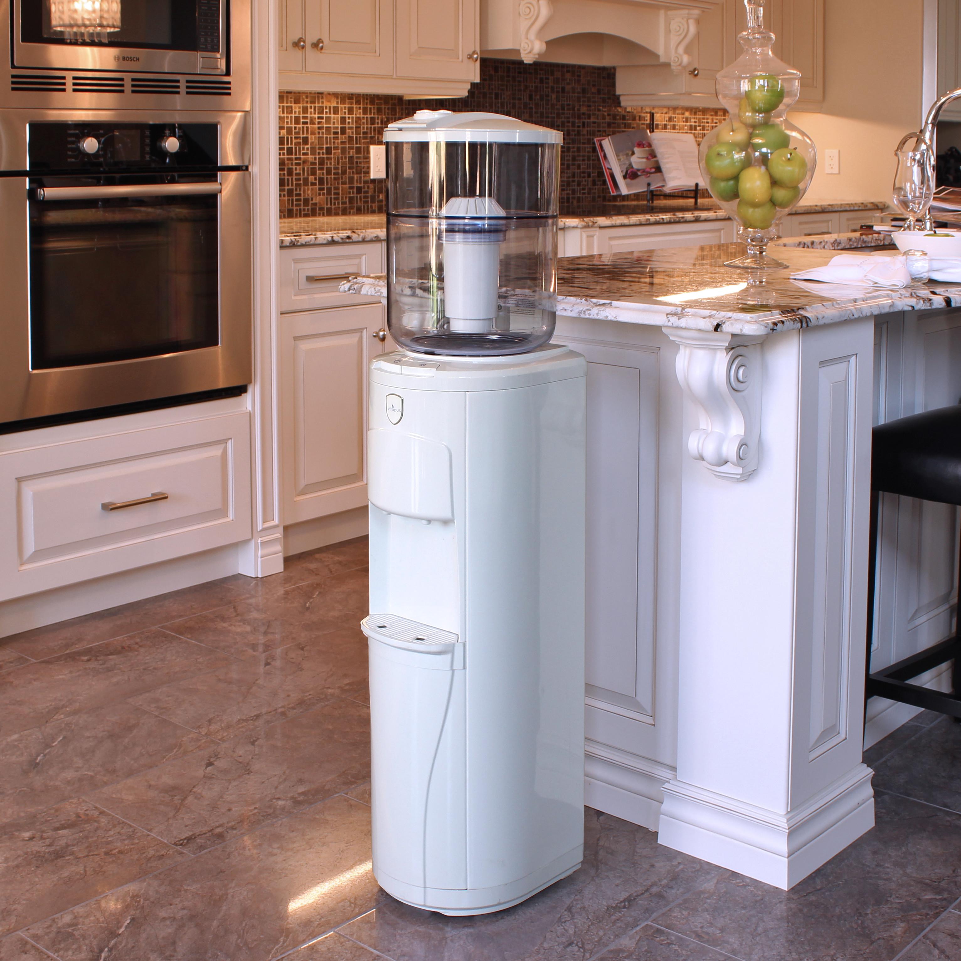 Кулер для холодной воды в интерьере дома