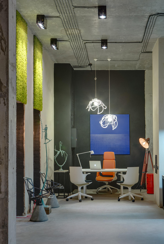 Дизайн интерьера кабинета руководителя в индустриальном стиле