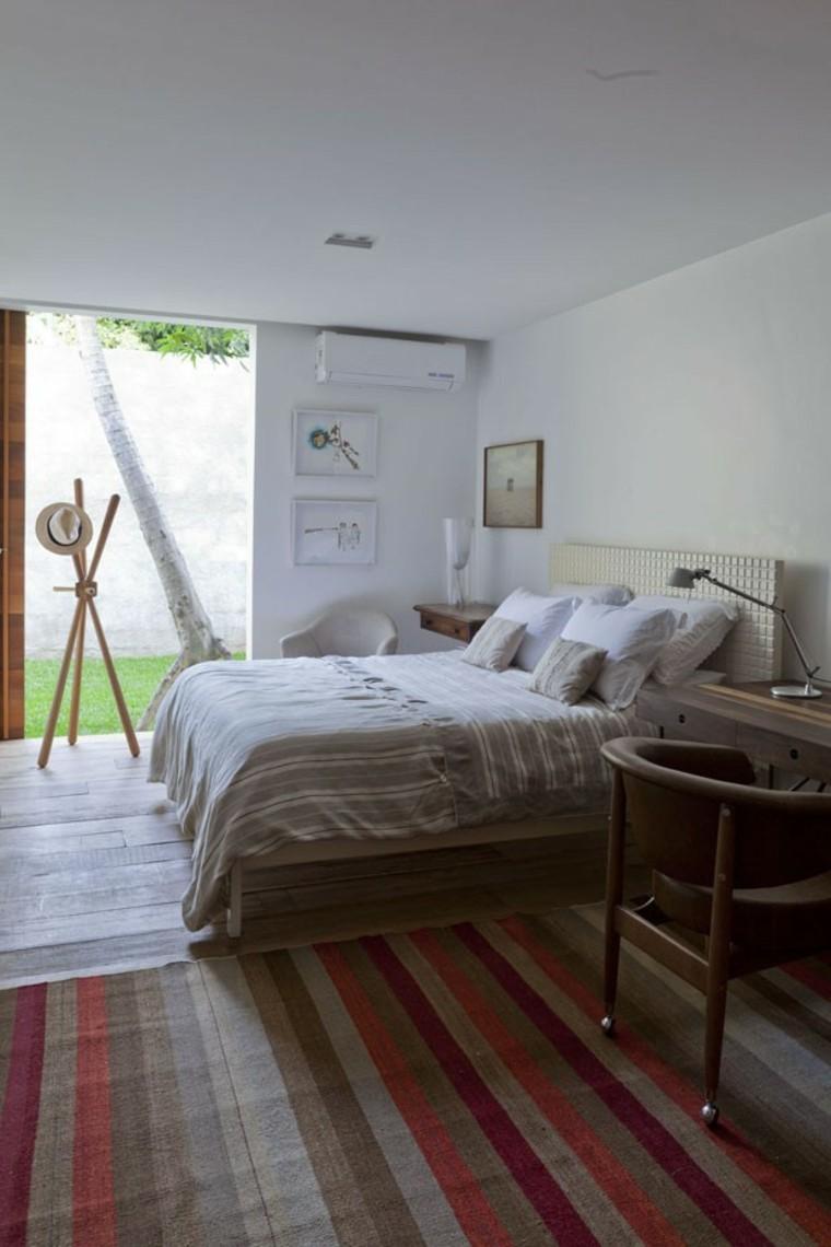 Расстановка мебели в спальне в стиле кантри