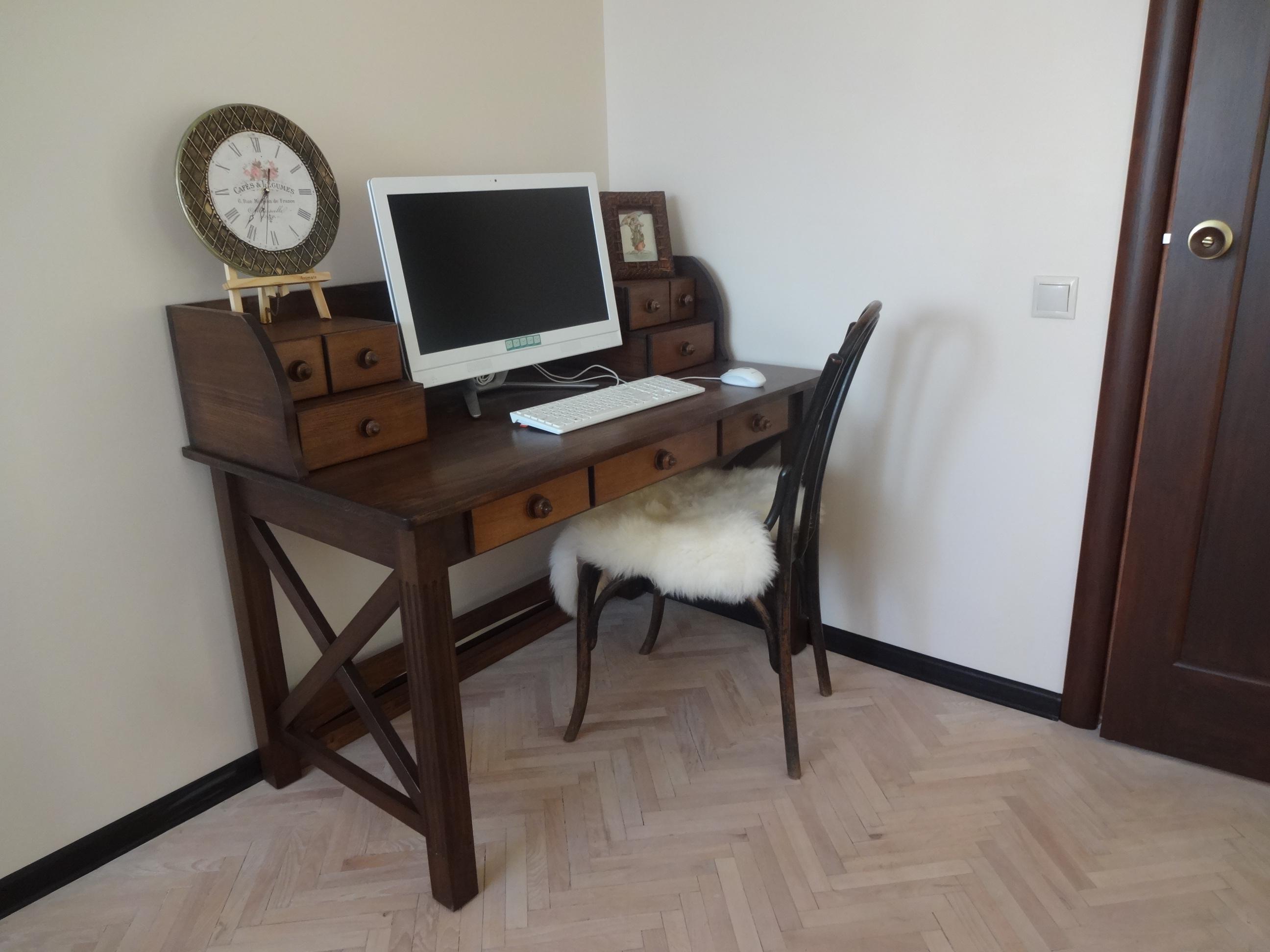 Компьютерный стол-бюро