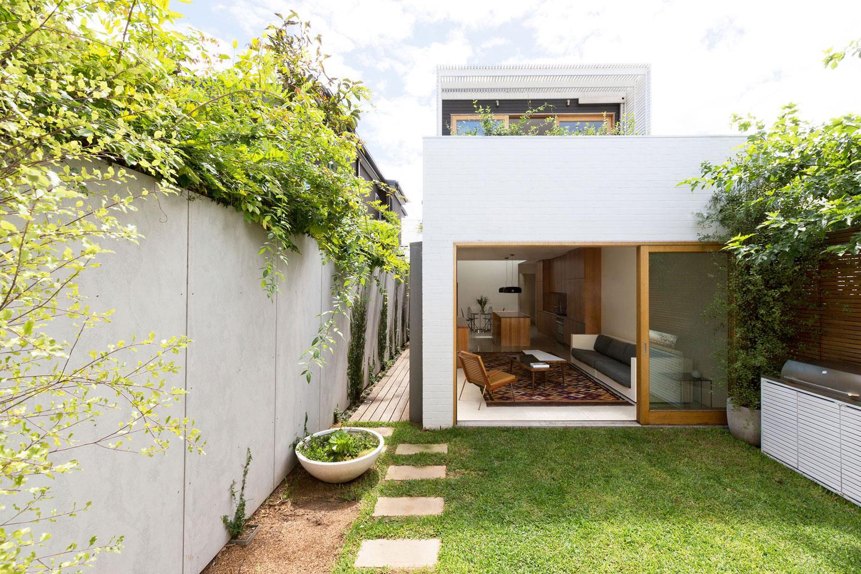 Сад на балконе частного дома
