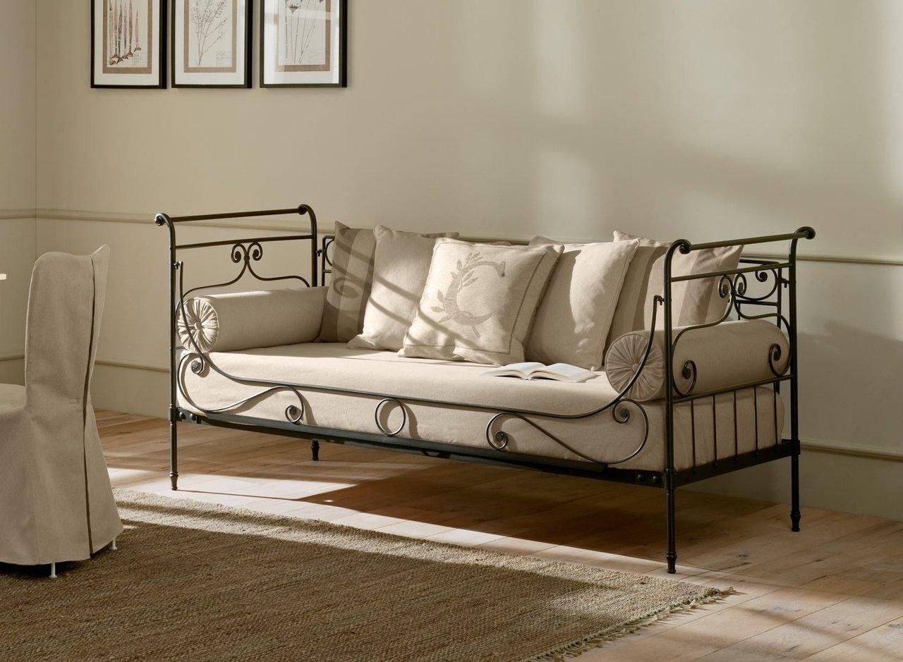 Кованый диван-канапе