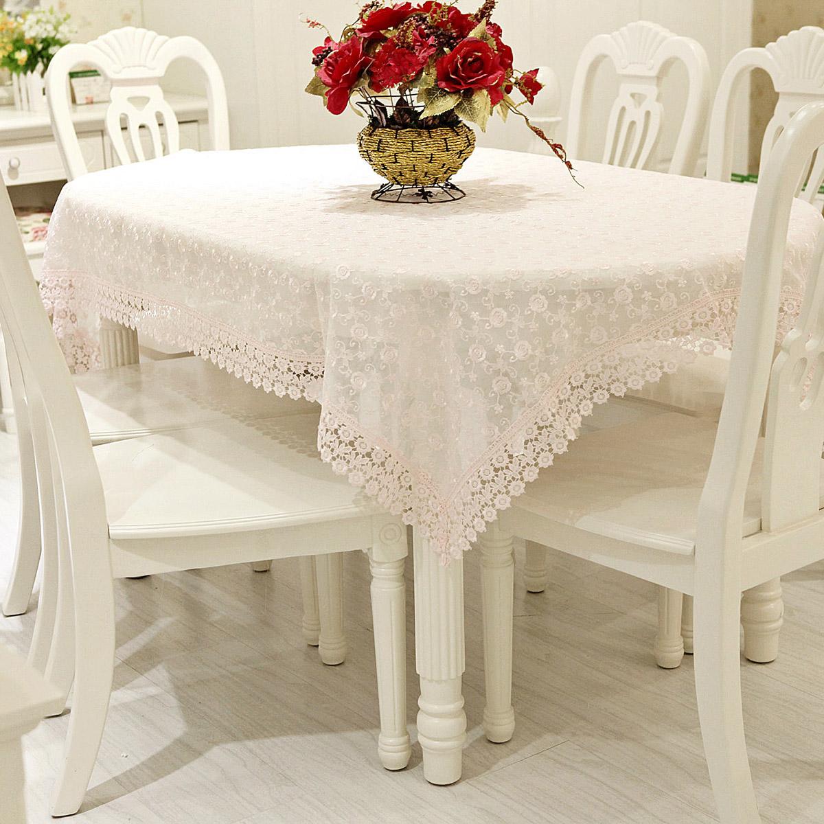 Кружевная скатерть на овальный стол