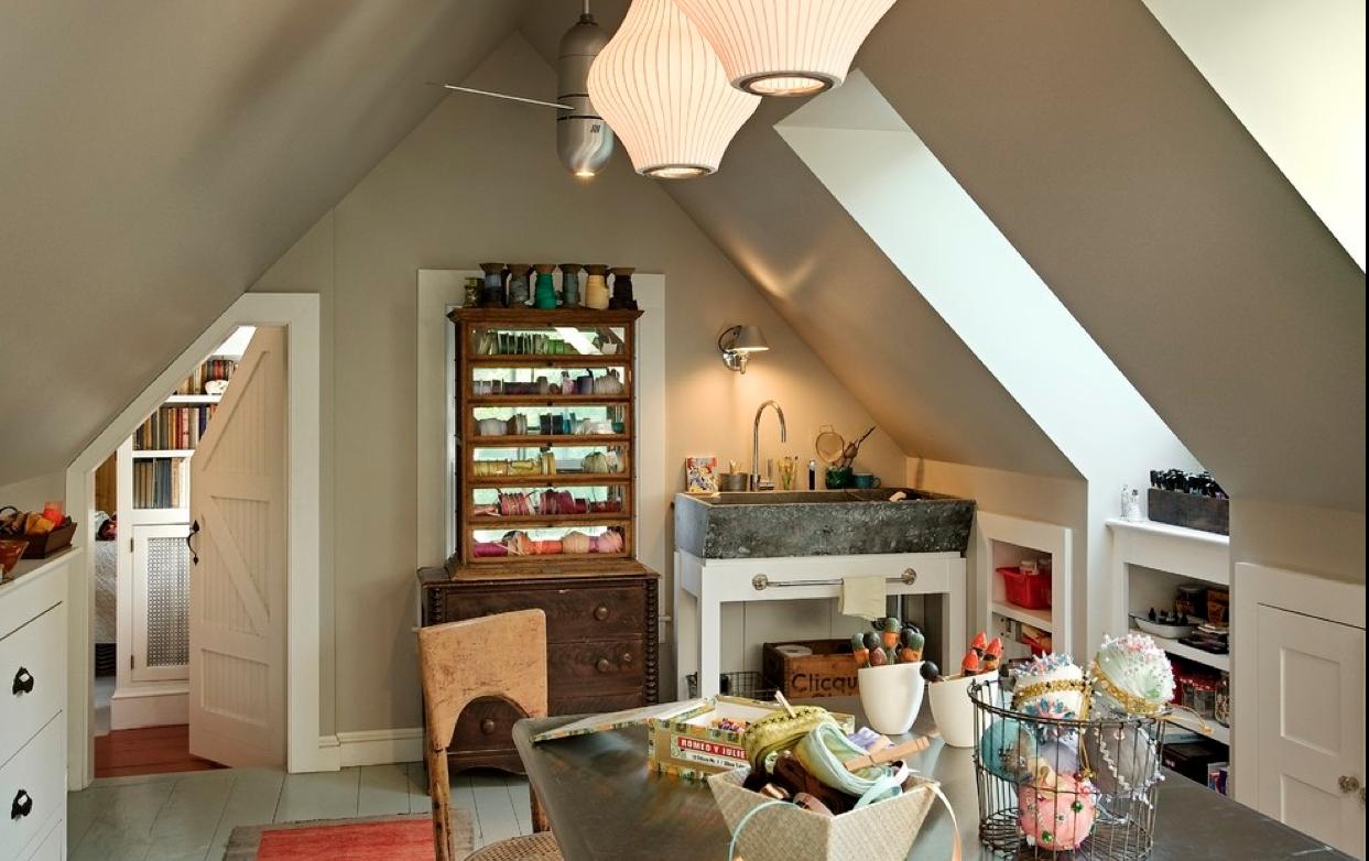 Антикварная мебель на кухне