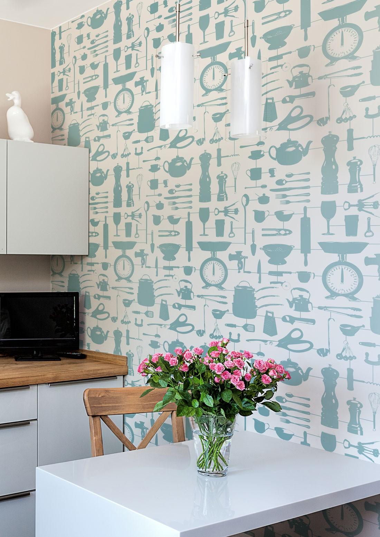 Бирюзовые обои кухонные с рисунком