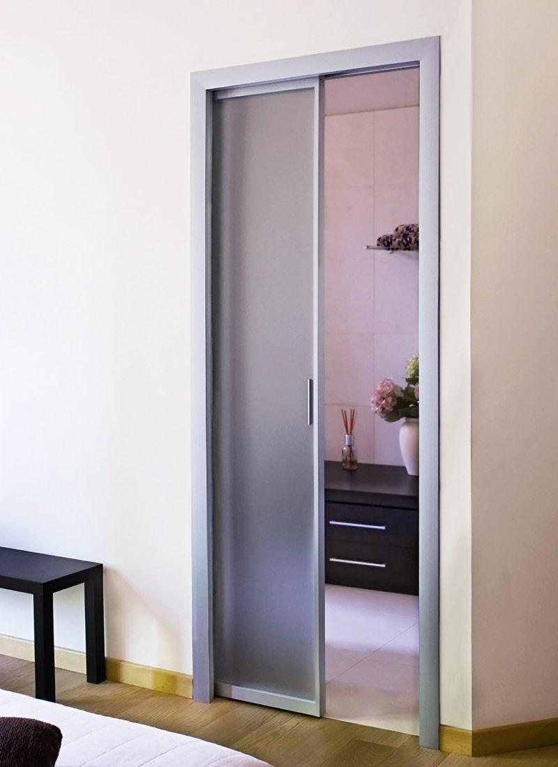 Дверь-купе со стеклом