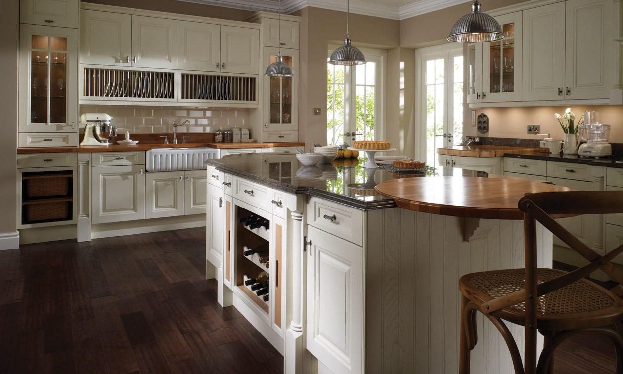 Лаконичный дизайн классического кухонного гарнитура
