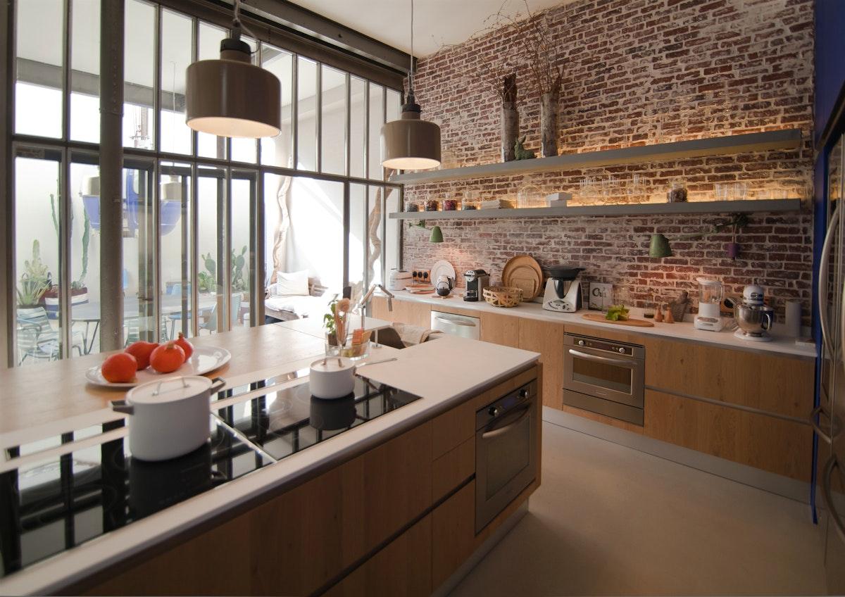 Кухня под кирпич в стиле лофт