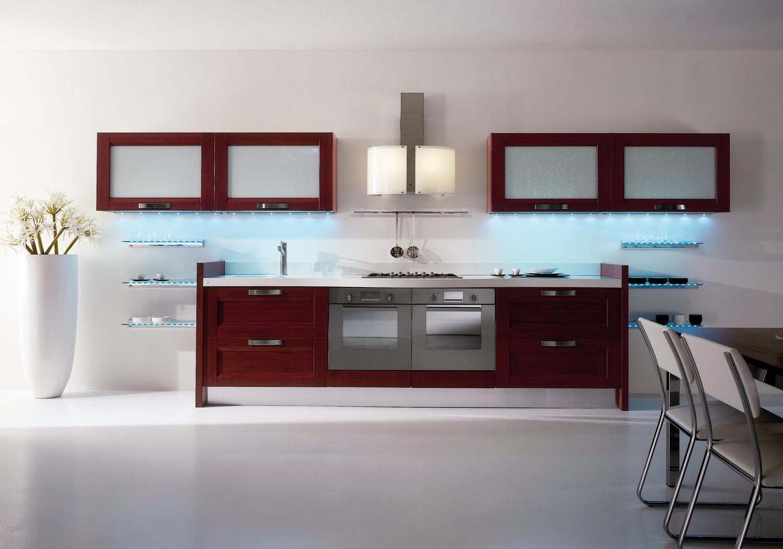 Островная кухонная вытяжка с матовым стеклом