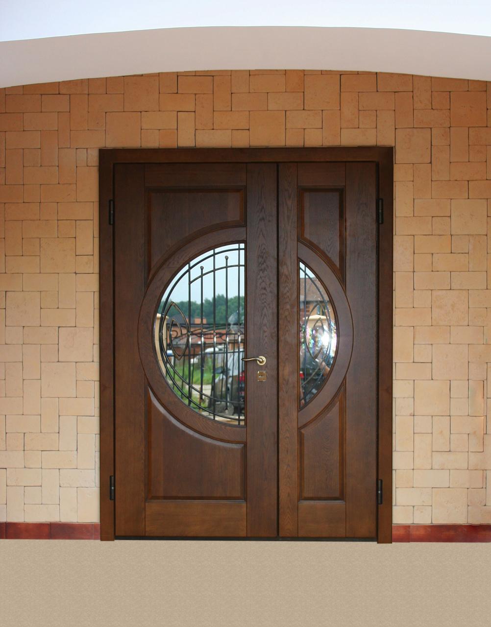Дверь из МДФ со стеклянной вставкой