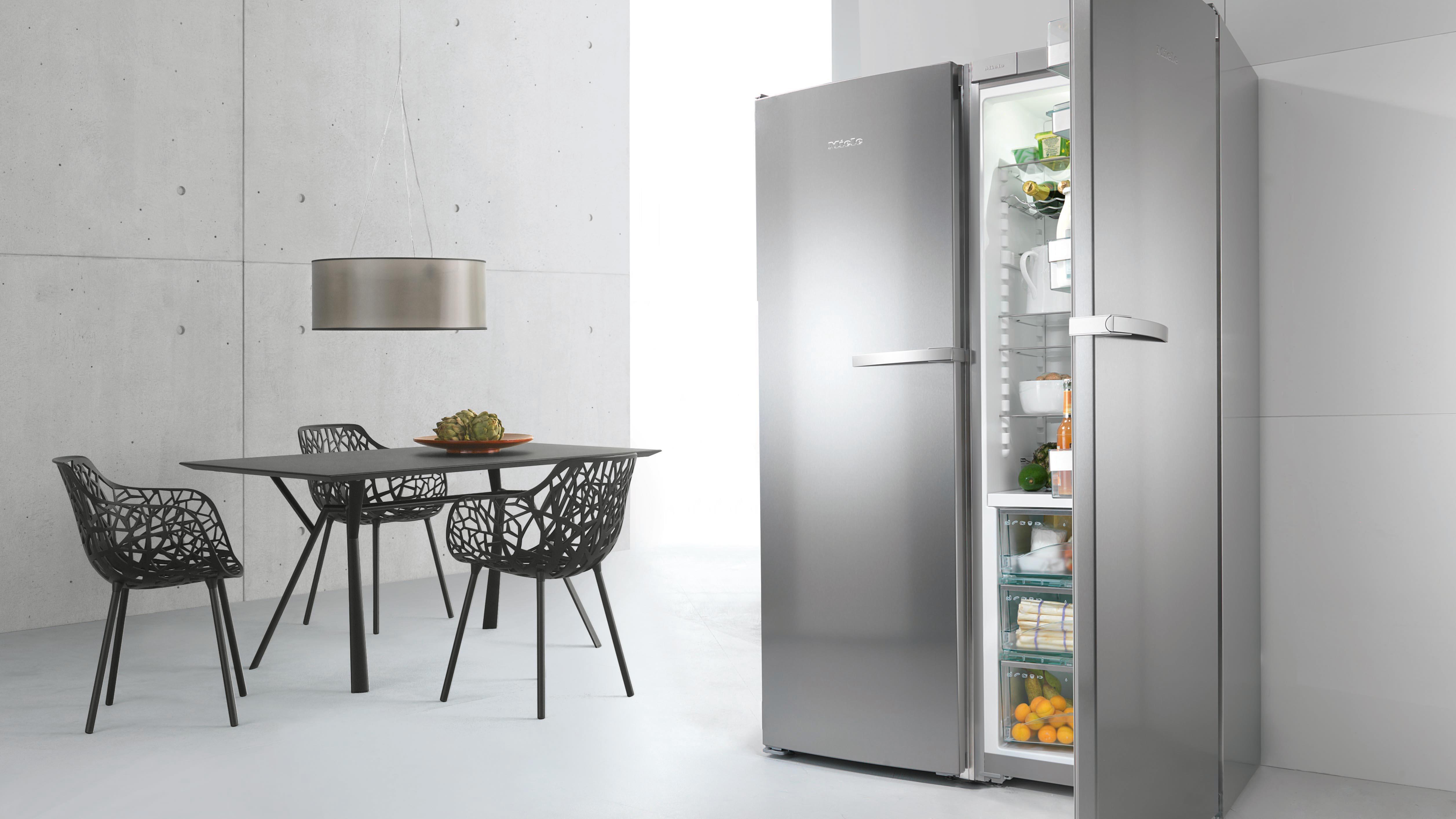 Двухдверный холодильник Miele